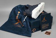 "Air Jordan 4 Retro Premium ""Obsidian"" (819139-402)"