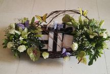 glowworm creations / Floral arrangements, gifts, gift packing, baby shower packing, towel cakes