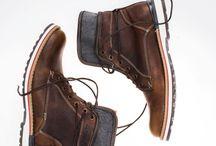 Caballeros / El hombre también viste con estilo  / by Price Shoes