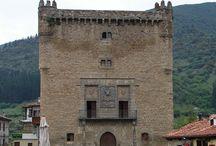 Potes, Cantabria / Guía de Potes, qué ver y hacer, fiestas y gastronomía tradicional o cómo llegar, toda la información para que planifiques tu visita a la villa cántabra. http://bit.ly/1MOKkaL
