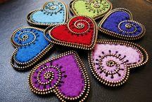 Corazones que inspiran... / Inspiración para tejer, coser y realizar corazones. Tutoriales, esquemas y patrones.