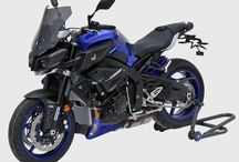 Yamaha MT10 2016/2017 by Ermax Design / Sport touring windshield, 3 parts belly pan, license plate support black aluminium, seat cover.