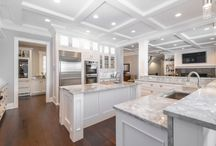 Custom Millwork in Edmonton / At Scott Arthur, we take pride in the beauty and skill of our craftsmanship. From architectural millwork to handcrafted cabinetry, the exquisite artistry and fine quality built into all of our designs places our work into a class of its own.
