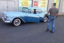 Buick de 1957 / Le propriétaire de cette Buick spéciale de 1957 est venu au magasin de Coignières (78) pour équiper sa merveille d'un jeu de tapis...