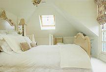 bedrooms / by Hannah Gagliardi