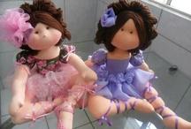dolls / by Susana Mayolo