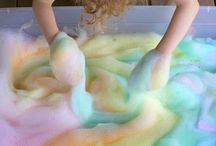 Fun that's Messy / Messy, hands-on, sensory fun for the kids!