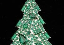 Christmas pins / by Vickie Cole