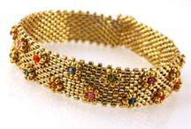 peyote and loom beaded jewelry