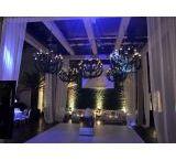 Aluguel de Pista de Dança / O aluguel de pista de dança é facilmente encontrado pela Iris Cobertura, possuindo pistas personalizadas, o aluguel é uma ótima opção para a realização de seus eventos.