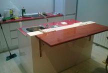 Cocinas y muebles de cocina / Cocinas y muebles de cocina diseñados a gusto del cliente.  http://carpinteromataebanista.es/muebles-cocina/