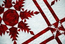 Red and White Quilts / by Robbie P