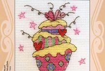 Cupcakes Cross Stitch