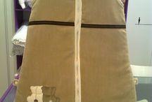SACOS DE DORMIR / Sacos de dormir hechos a medida y con materiales de alta calidad para confort de nuestros bebés. Variedad de telas y bordados.