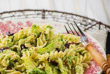 Macaroni and broccoli
