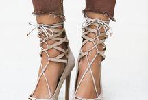 Shoe love / by Gabrielli Lebrón
