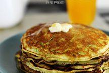 Food / Zucchini pancakes / by Trisha Sandor
