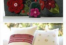 flores na almofada