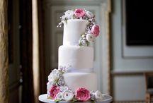 Arabella Floral Wedding Cake
