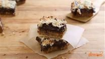 Clean Eating - Baking Ideas in LCHF Way / Keto/paleo/ Clean Eating/ LCHF- Even when dieting, you can bake it with ease!   Just because you cut the sugar, doesn't mean you have to cut the sweets!  Here are some Keto/Paleo or LCHF friendly Recipes for Baked Ideas!