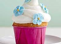 Cupcakes / by Rebecca Austin