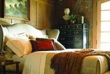 Dormitorios / by Elsa Franco
