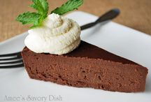 Paleo Sweets / Paleo approved/friendly recipes!