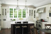 Kitchens / From simple and clean, to bold and dramatic!