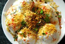 Mouth watering street food of India / 0
