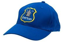 Everton Soccer Merchandise / Football supporters are keen to show their support for their team in any way possible. At Soccer Box you can shop for a fantastic selection of Everton football accessories and merchandise that is ideal for every day use to show your team allegiance.