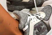 sneakeringgggg