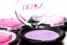 Fards à paupières / Retrouvez toutes nos couleurs de fards à paupières pour des maquillages colorés et pétillants !
