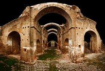 Clàssic, passejada de patrimoni. Classic, traditional and typical / El Segre Rialb posseeix un gran patrimoni cultural, del qual en destaca el ROMÀNIC. Home to great cultural and particulary Romanesque heritage.
