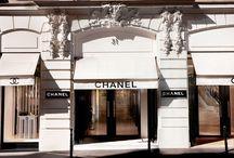 Квартира Коко Шанель в Париже / Апартаменты Коко Шанель находятся на улице Cambon 31 в Париже над ее фирменным бутиком Chanel на Rue Cambon.
