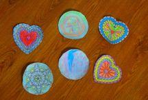 Mandalas / Preciosos mandalas creados en nuestras clases de yoga y de creatividad.