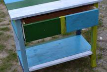 Bútorok újrafestve