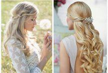 Ślubne upięcia włosów