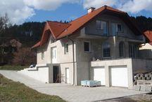 Reality / Ponuka nehnuteľností od realitných kancelárií na Slovensku. Nájdete tu predaj, prenájom, dražby bytov, domov, pozemkov,..
