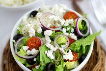 Recipes: Salads | Rezepte: Salate / A collections of the most yummiest Salad recipes on Pinterest. I die for a good ceasar Salad | Eine Sammlung der leckersten Salat rezepte. Ich sterbe z.B. für einen guten Ceasar Salat
