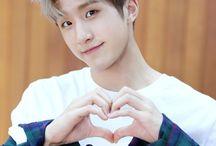 Astro: Jinjin (Park Jinwoo)