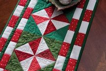 Quilt Winter / Winter and Christmas related. / by Tanya Althof