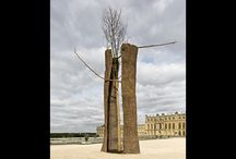Giuseppe Penone / The reflection on the power of the nature. http://www.looklateral.com/en/events-giuseppe-penone-a-versailles/events/3246/