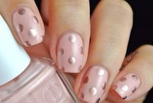 Nails / Here are some creative nail art you can do