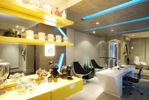 Tecnisa NWT Alphaville / O escritório de Web Design tem projeto de decoração do arquiteto Carlos Rossi. Um ambiente todo voltado para a criatividade, suas cores, formas e materiais dão um ar alegre e informal ao local http://ow.ly/9pTxQ