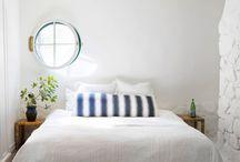 B E D R O O M S / cozy sunny bedrooms. / by GIRLS PEARLS & POWDER