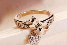 Jewelry Box / by Heidi Branch