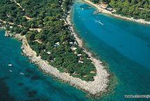 Zatoka Kvarner - Croatia Kvarner Gulf / Przepiękna zatoka położona w północnej części Adriatyku, pomiędzy półwyspem Istria a wybrzeżem północno chorwackim.  The Kvarner Gulf - Croatia, sometimes also Kvarner Bay, is a bay in the northern Adriatic Sea, located between the Istrian peninsula and the northern Croatian Littoral mainland. The bay is a part of Croatia's internal waters.
