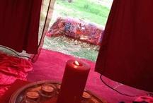 Vörös sátor - Red tent