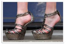 heels / high or low, wide or spiked... or heelless. What's your style?          #shoes #heels #unusual #awesome