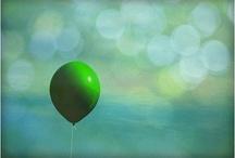 Balloons make me smile. / by Linda e